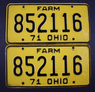 1971 Vintage Original Ohio License Plate 852116 FARM PAIR