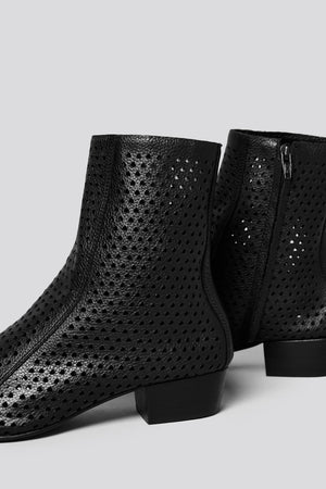 Cove Boot in Perf Black Leather