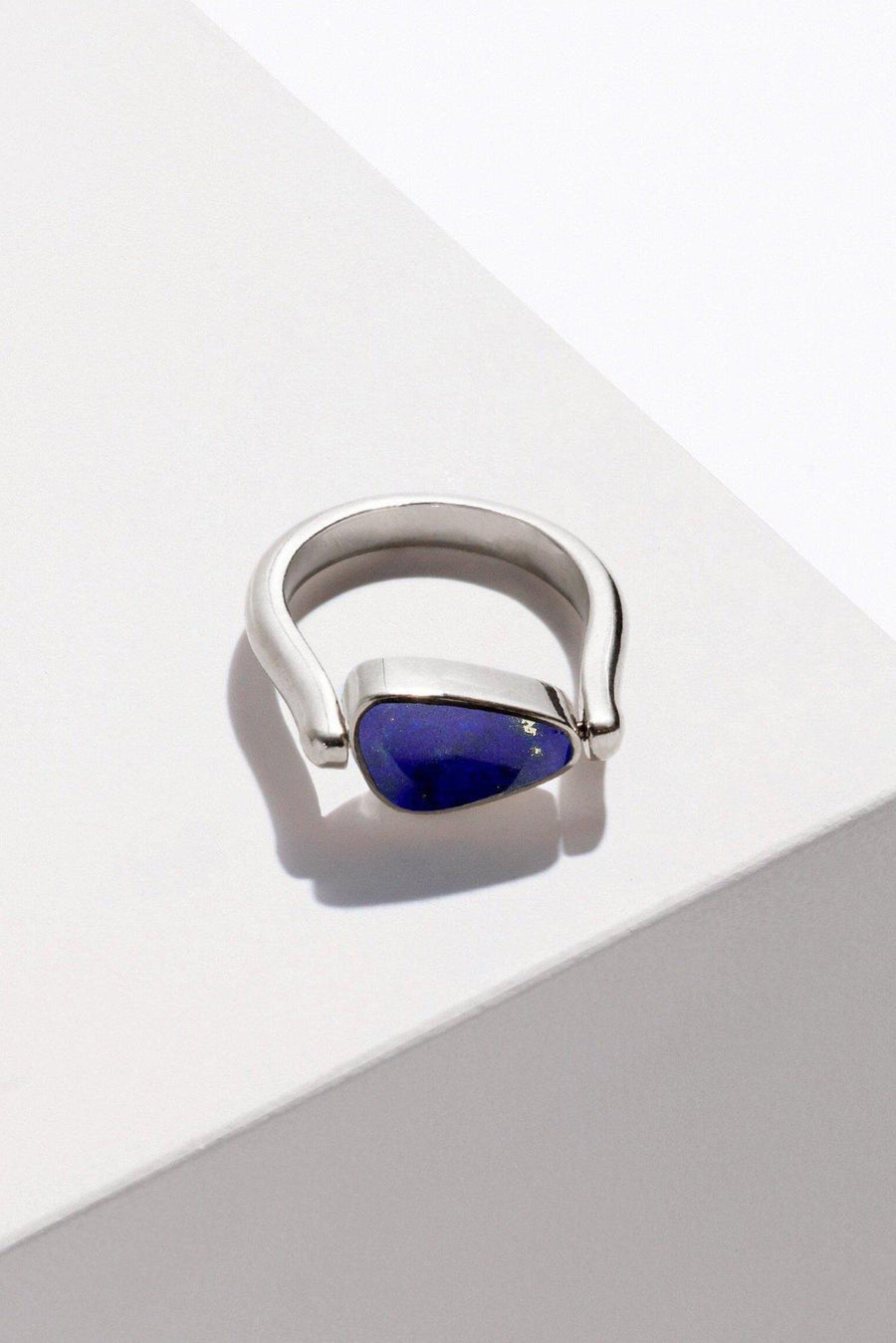 Rotating Pilar Ring in Abalone & Lapis