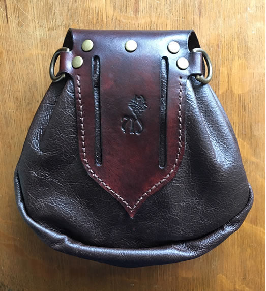 Sporran,  18th Century Styled Rob Roy Style, Brown w/Button Round Flap