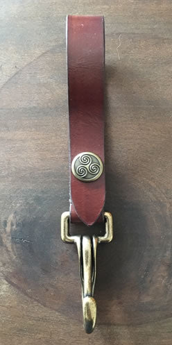 Red Brown Accessory  Hanger
