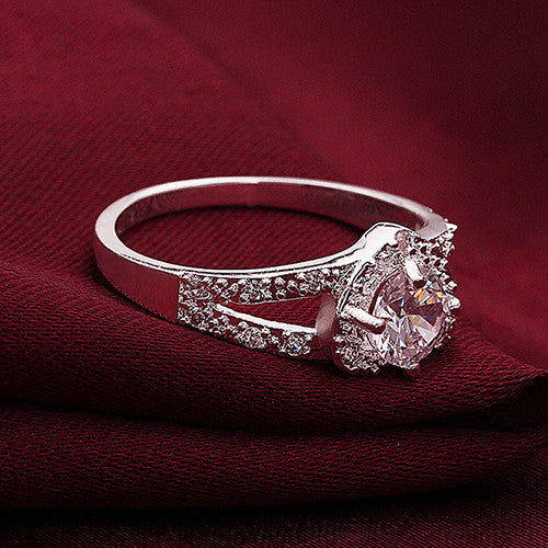 women's ring crystal heart shaped