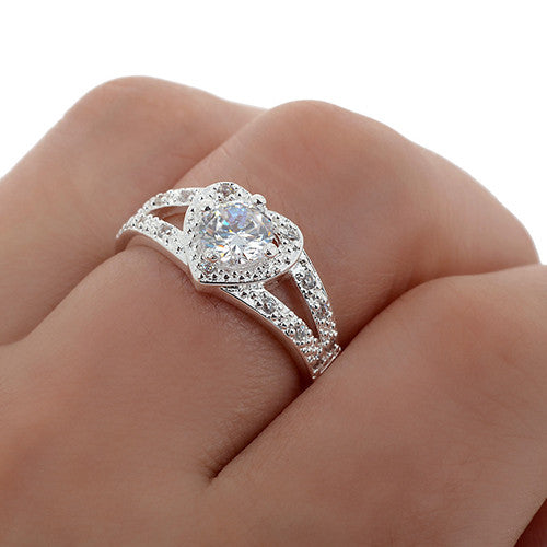 silver plated crystal heart shape ring