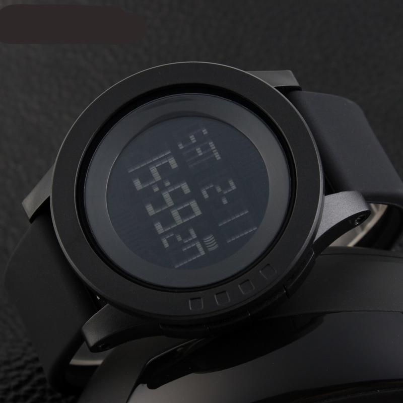 LUNO - Men's Oversized Watch