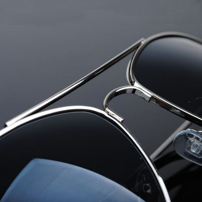black and silver men's aviator sunglasses
