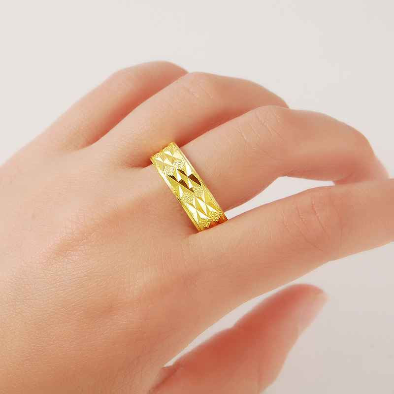 golden ring for men and women