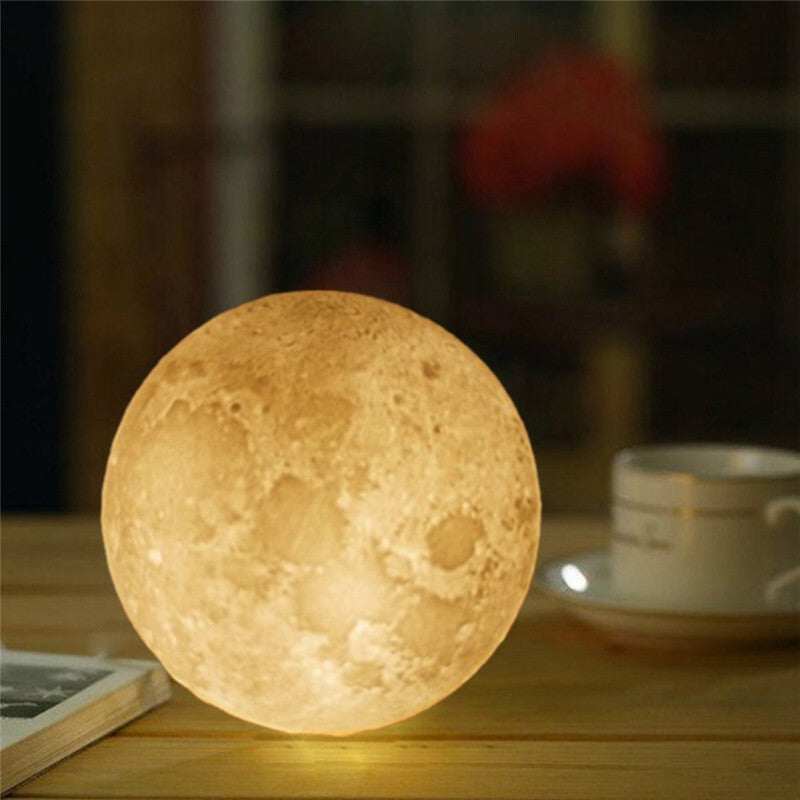 MOONLY - The Perfect Night Lamp