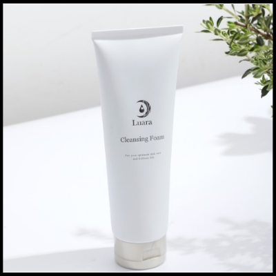 Luara Cleansing Foam (180g)