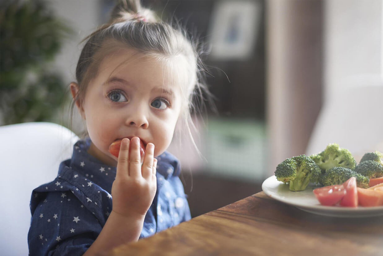 Eat to Healthier Eyes: 5 Super Foods that Improves Kid's Eyesight