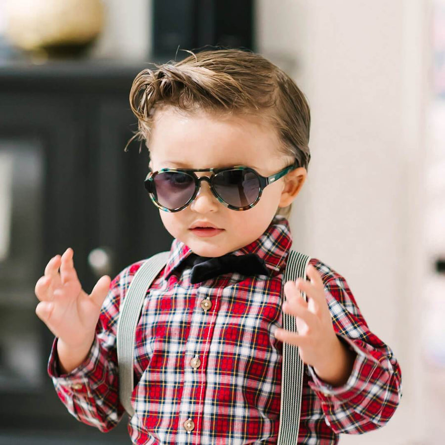toucca kids green tortoise  best kids polarized sunglasses little boy wearing cool suspenders
