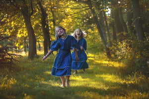 How to Raise Twin Girls With Individual Identities!