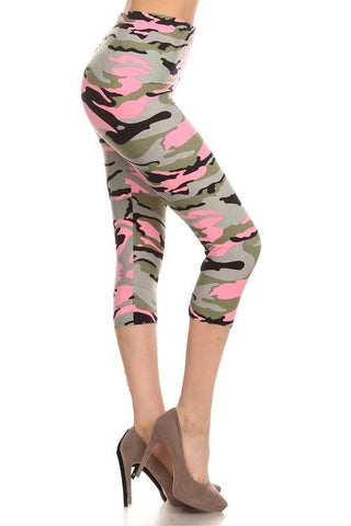 Women's Pink Camouflage Capri Leggings Leggings MomMe and More