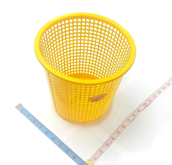 "250 MEDIUM WASTE BASKET (GARBAGE BIN) YANG SHENG 9""x10""x10"" $1.25"