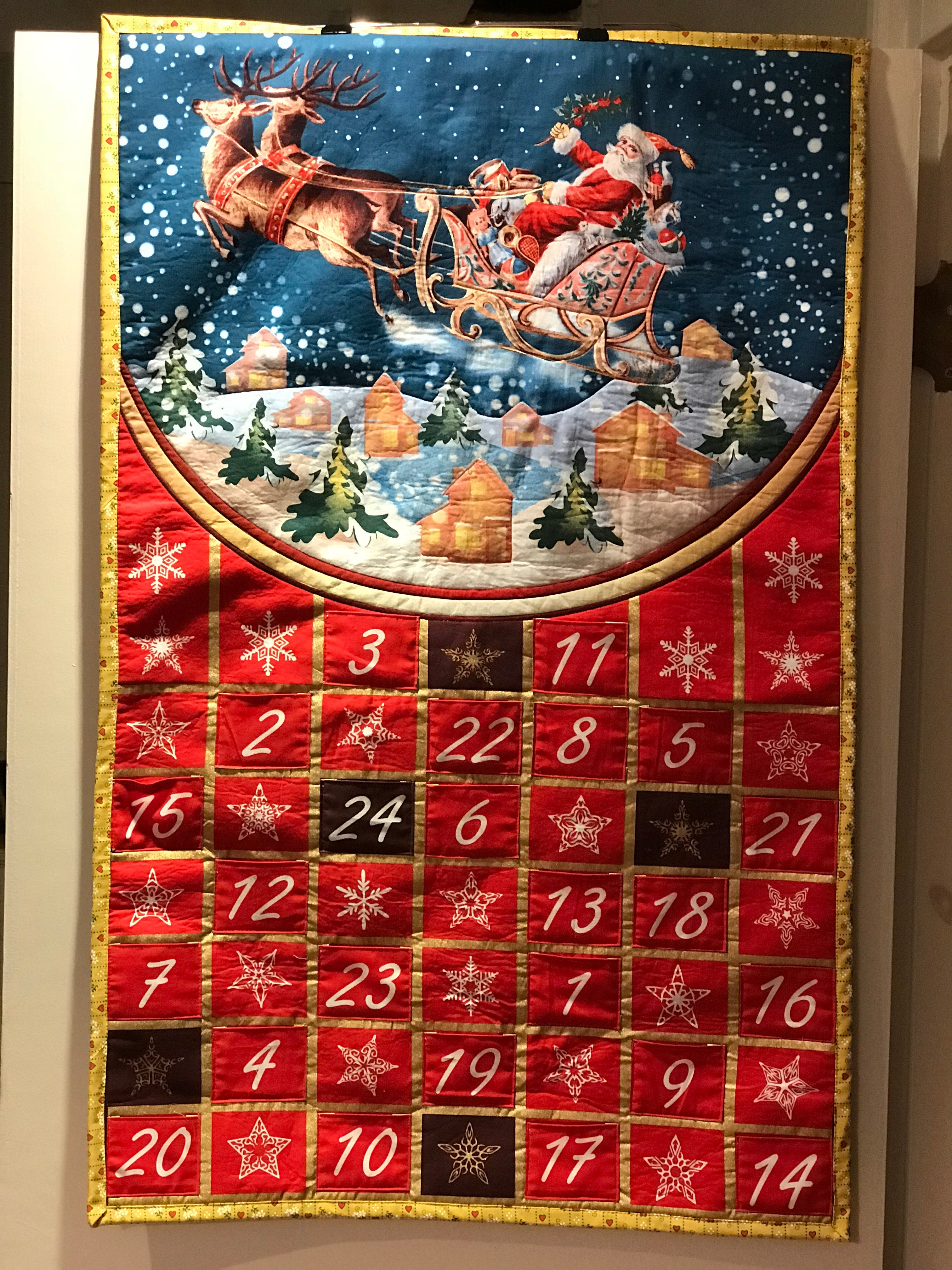 """Santa is Coming"" Advent Calendar - Alessandra Handmade Creations"