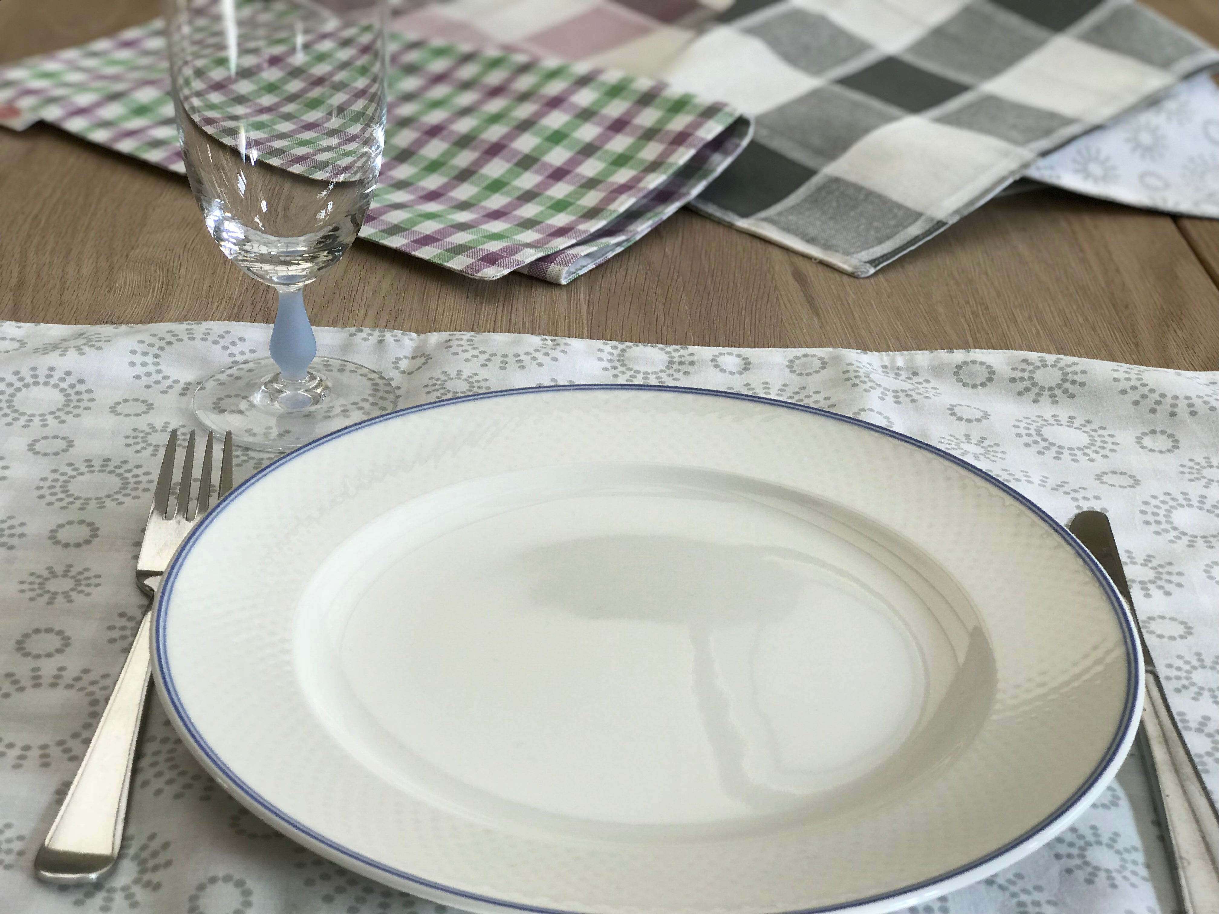 Chelsea Placemats - Alessandra Handmade Creations