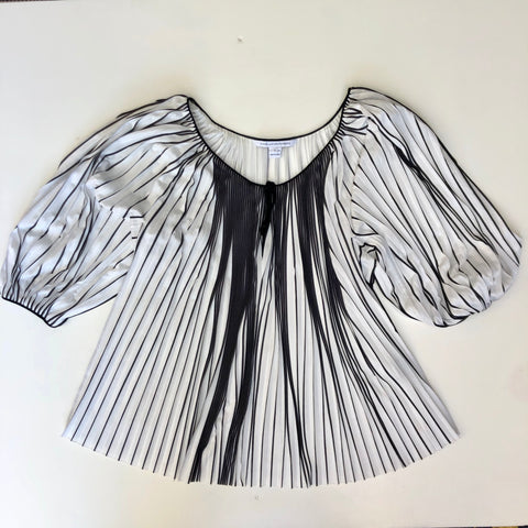 Diane von Furstenberg black and white pleated blouse
