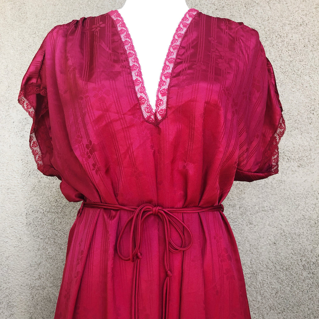 Christian Dior nightgown and robe set