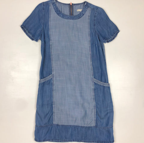 Jean dress with front pockets