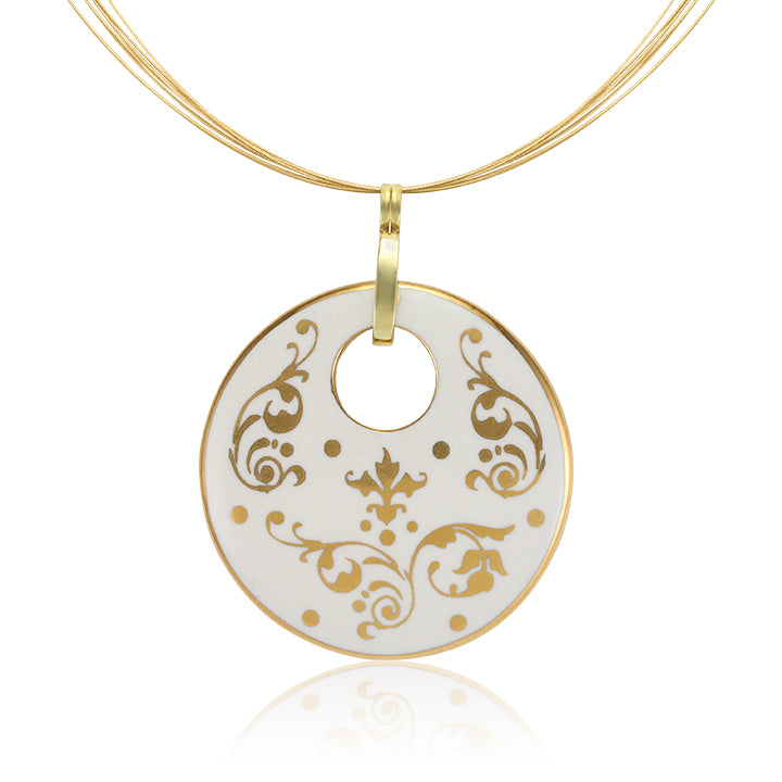 Baroque White and Gold Fine Porcelain Round Pendant Necklace metal thread