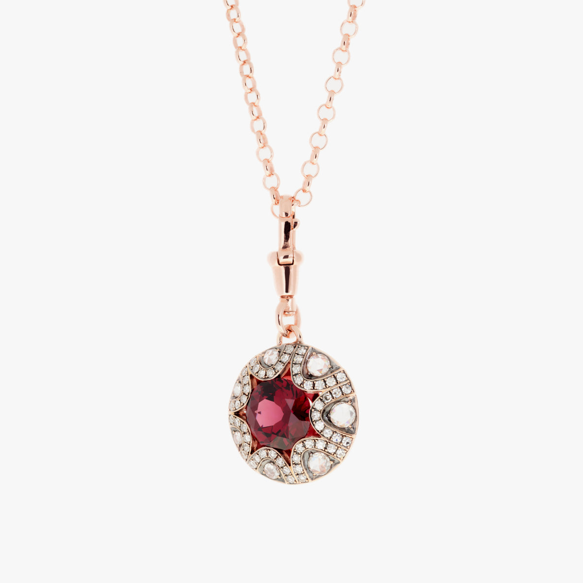 Mille et une nuits Pendant with Diamonds and Rhodolites