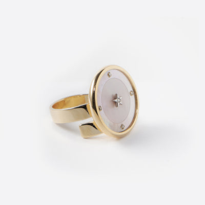 Ora Ring in Mother of Pearl