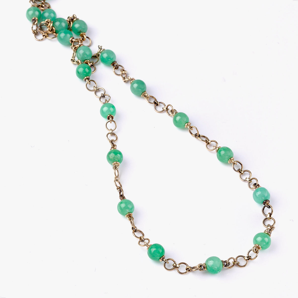 Jade Necklace in Yellow Gold