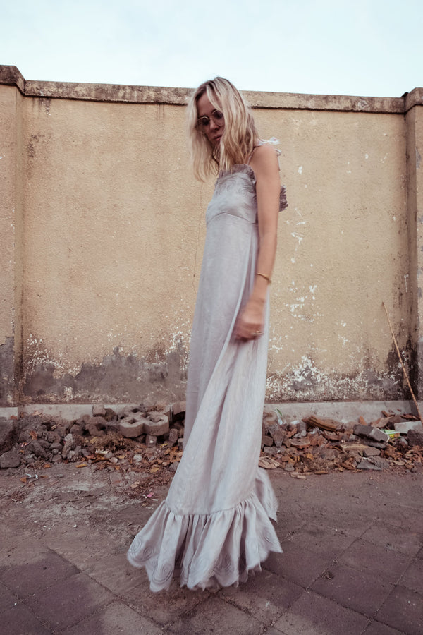 Embroidered Linen Maxi Dress - Fery Gudneus in String - Innika Choo