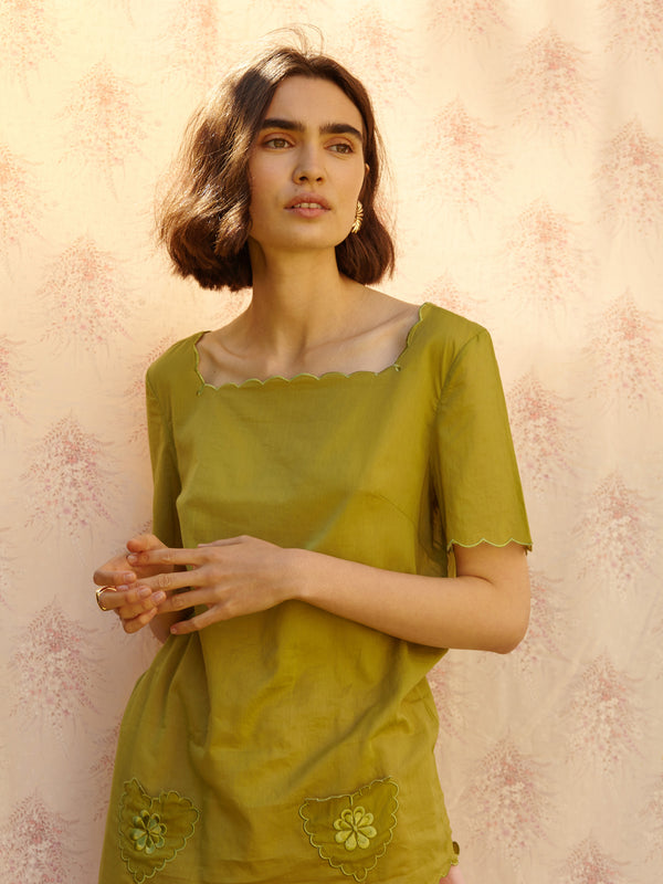 Box Blouse - Mary Laaf in Army