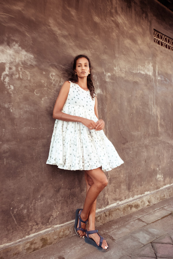 Big Tier Ramie Frock Dress - Izzy Werthit in Milk Print - Innika Choo