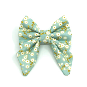 """Daisy"" Bow Tie / Sailor Bow"