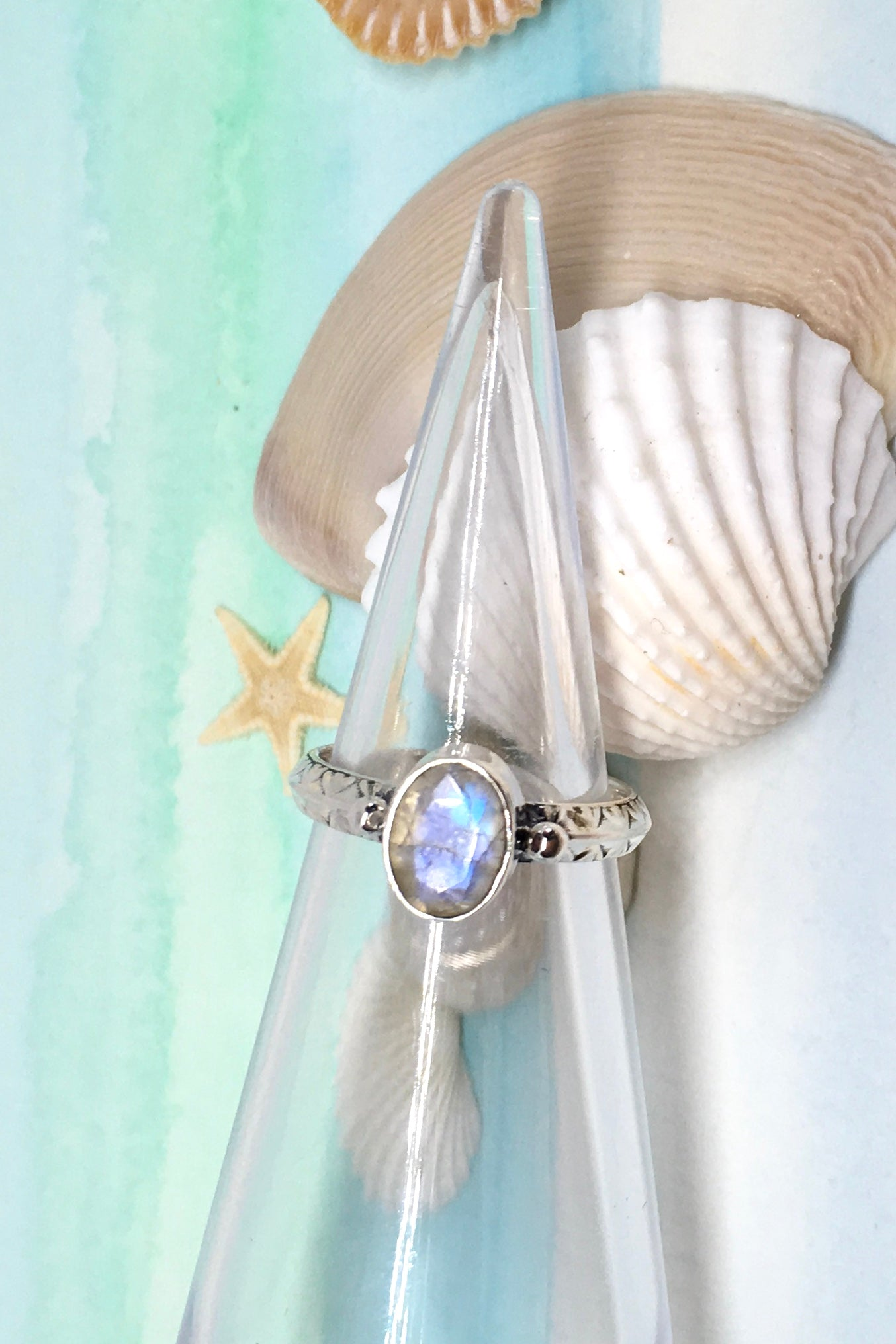 Oracle Ring Roman in 925 Silver with Labradorite Gemstone