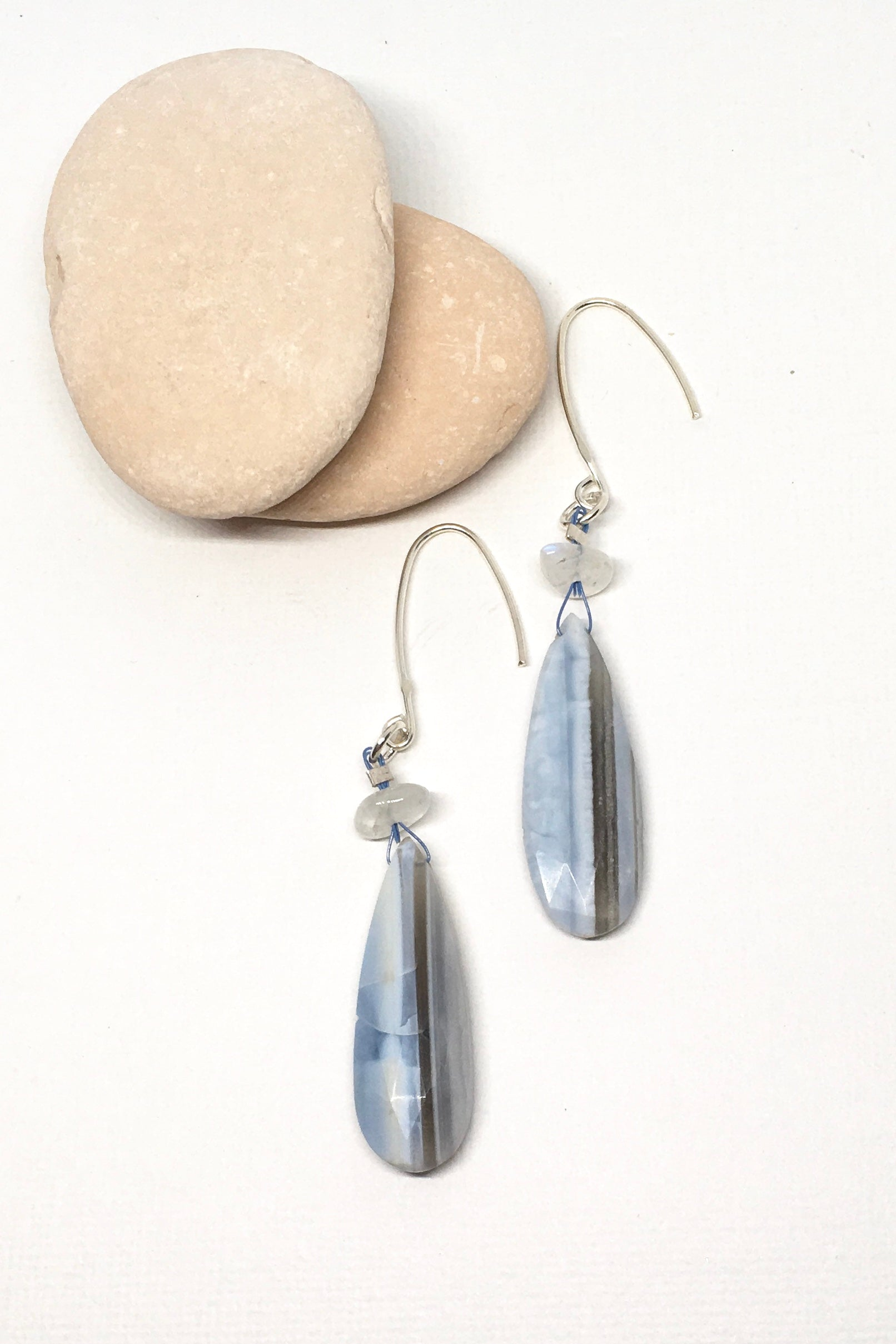 Blue Lace Agate bead  earrings features 7 cm in length 925 Silver fitting.