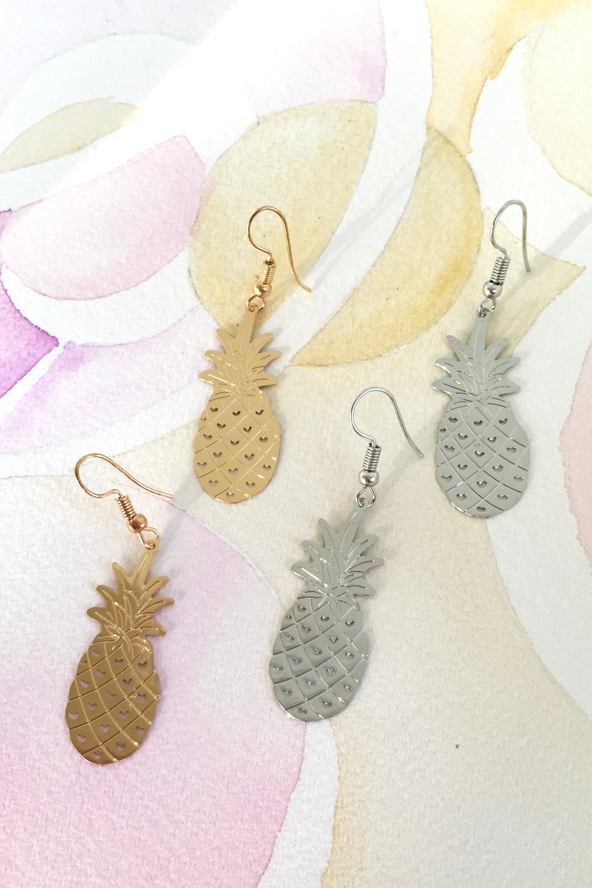 Earrings Fluttery Pineapple in Gold