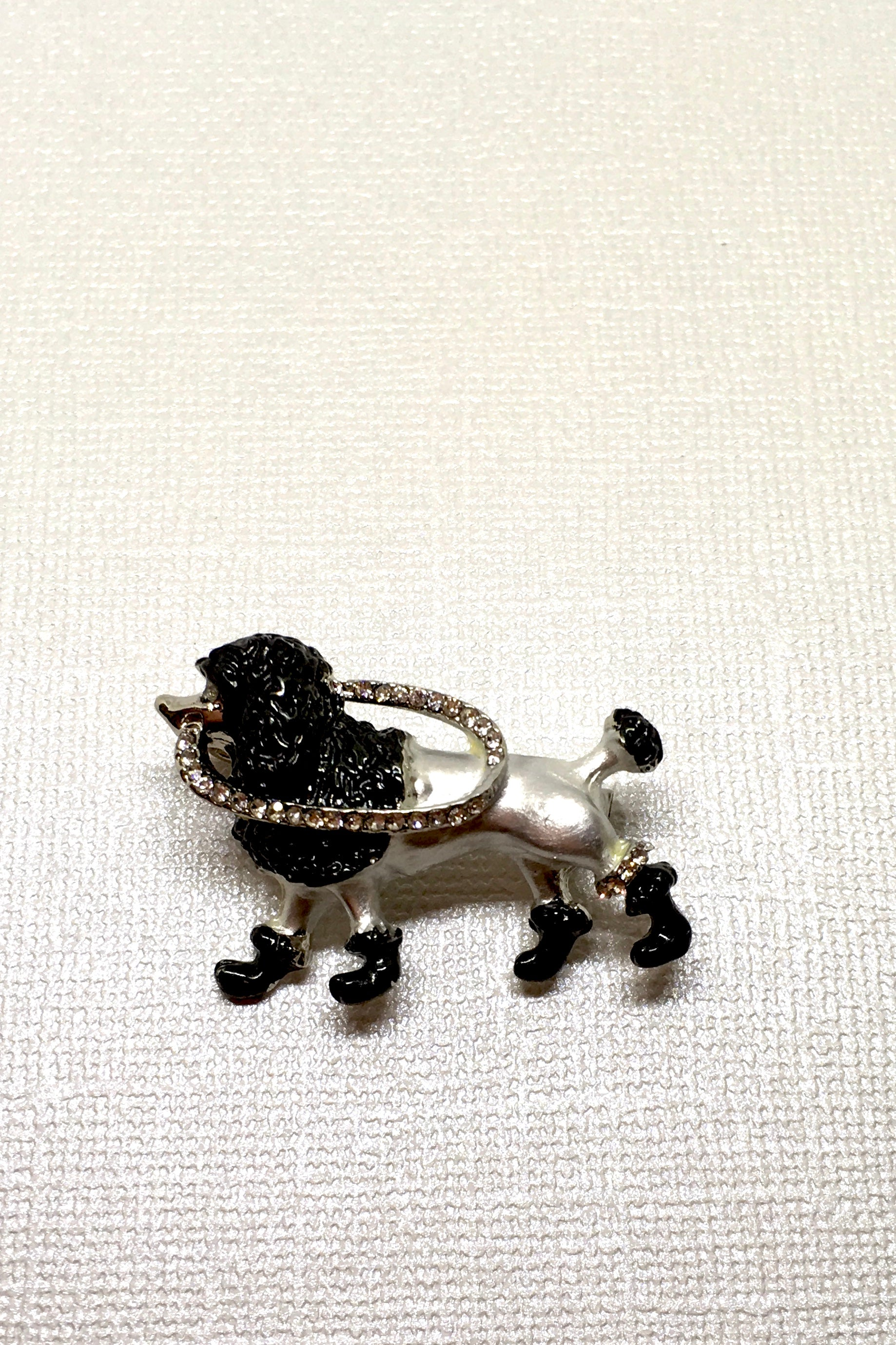 Brooch Dog Daze