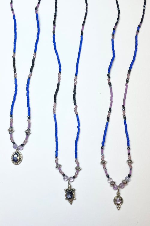 Necklace Cay Silver Amethyst on Blue
