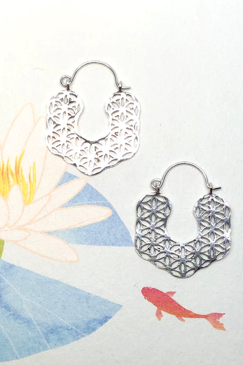 Earrings Cay Floral Silver Hoop