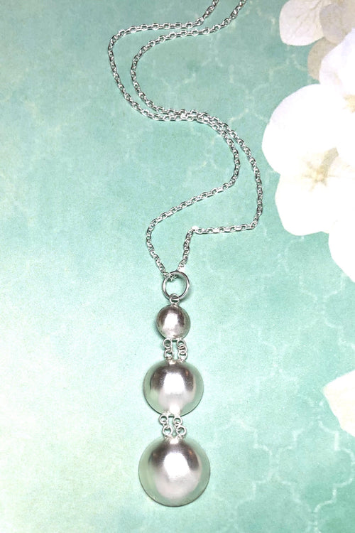 Pendant Bubbles of Silver Three Drop