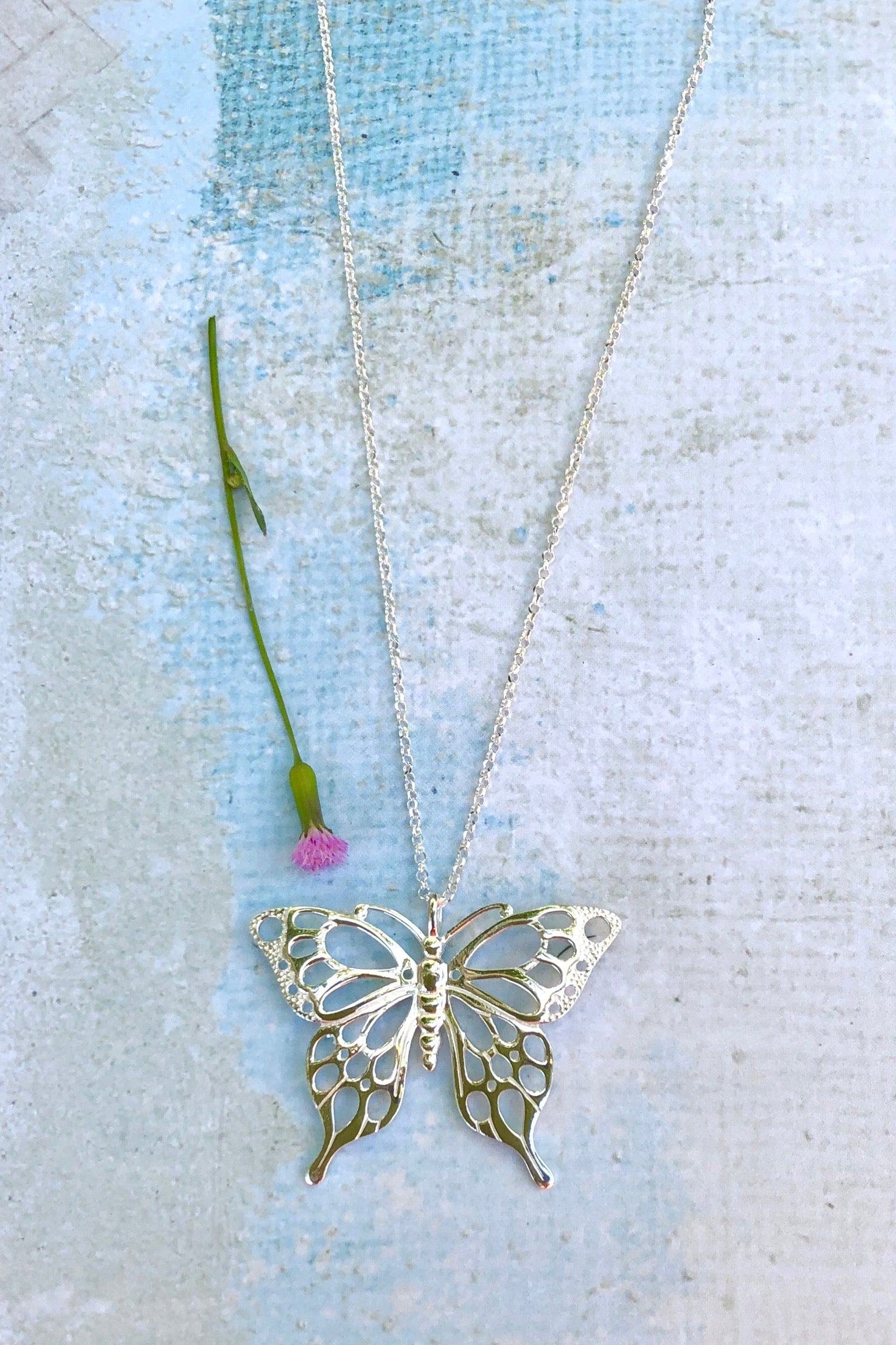 Oracle Pendant Butterfly Silhouette in 925 Silver