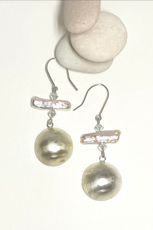 Earrings Pearl and Silver Dome