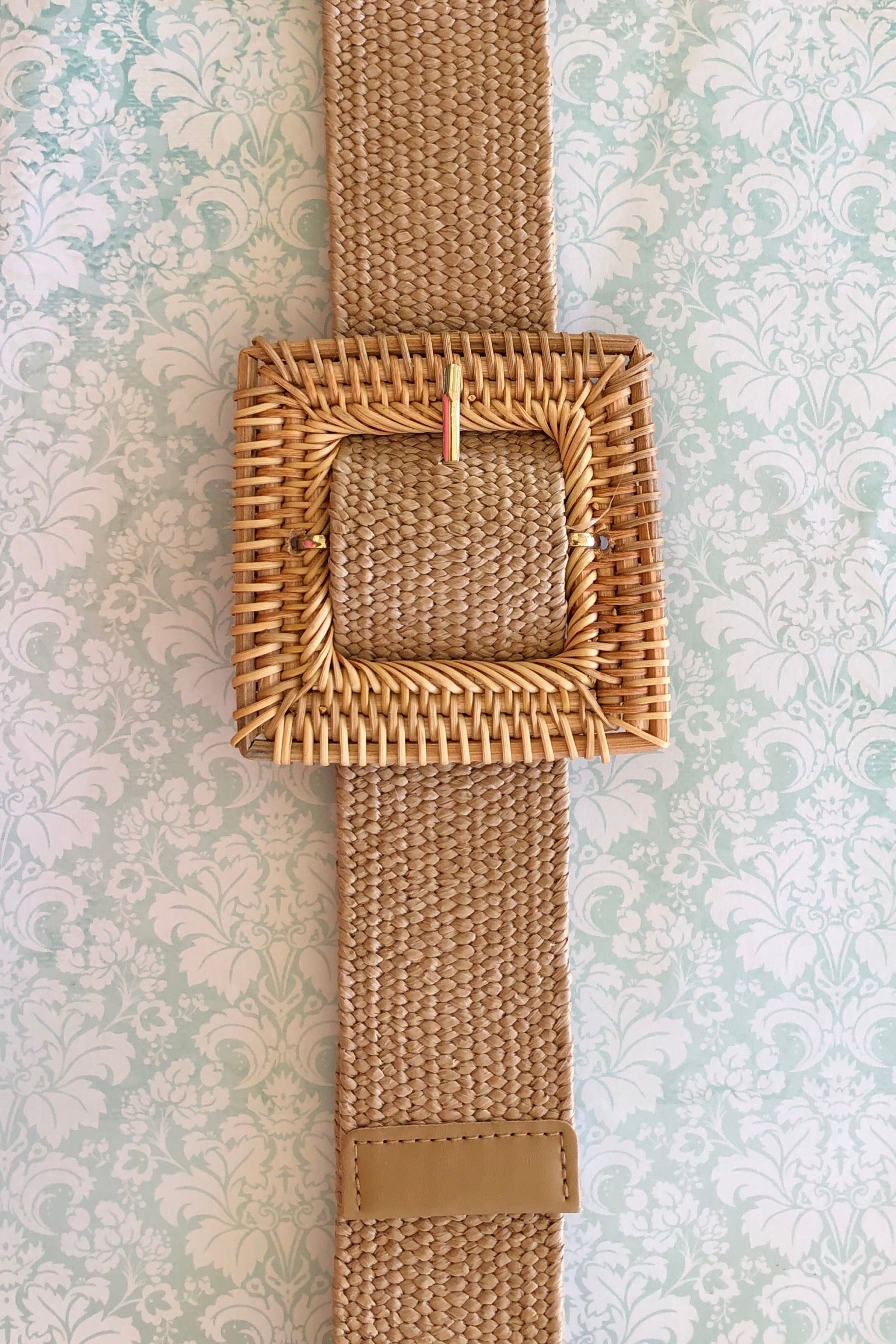 Belt Rattan Stretch Natural, a gorgeous oversized square buckle on super stretch belt.