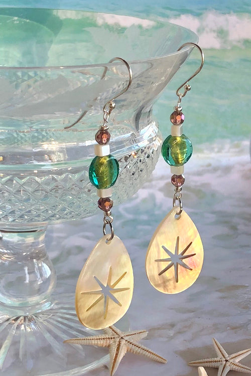 Earrings Serendipity Starburst Pale Gold Shell