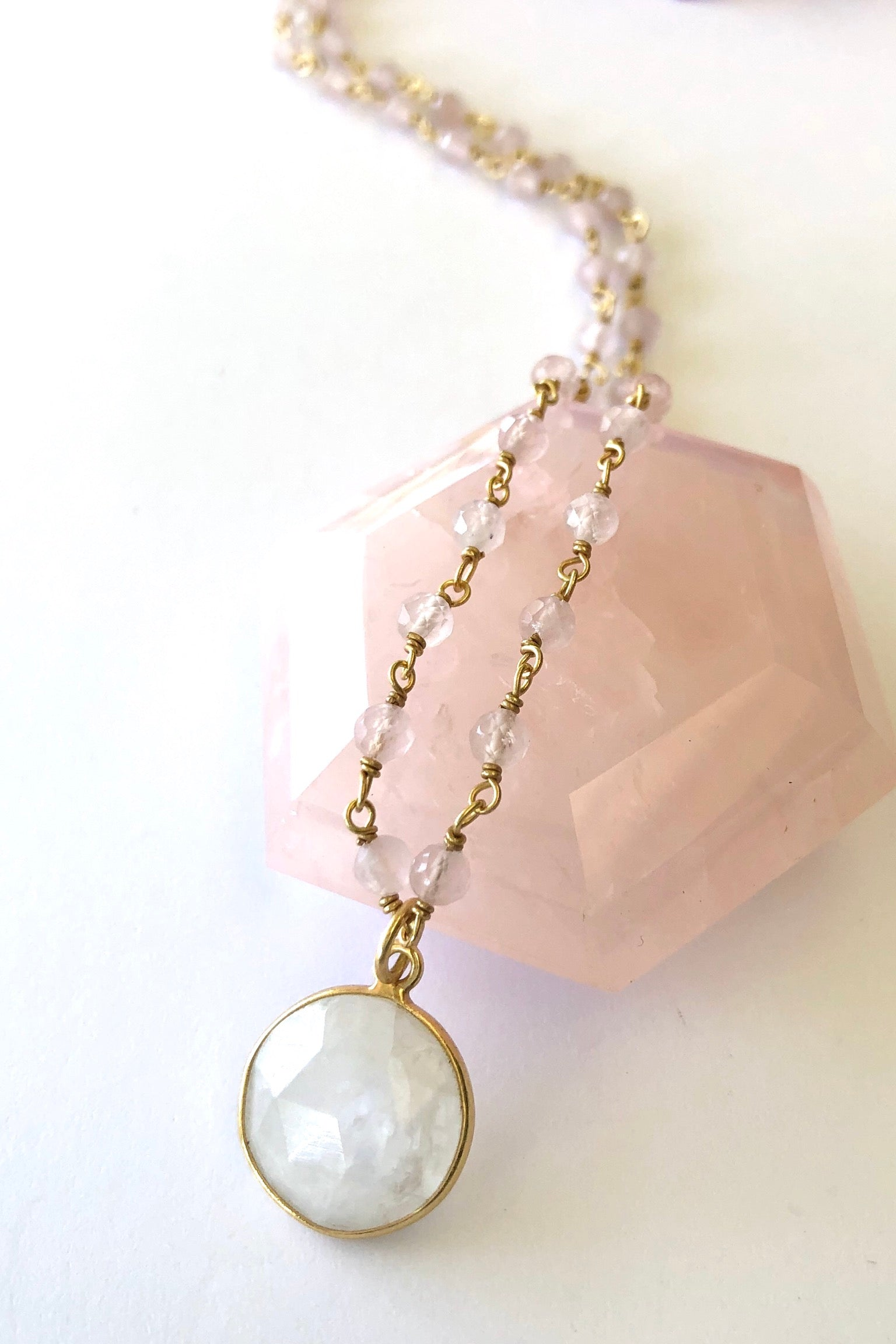 Oracle Venezia Necklace Moonstone Round