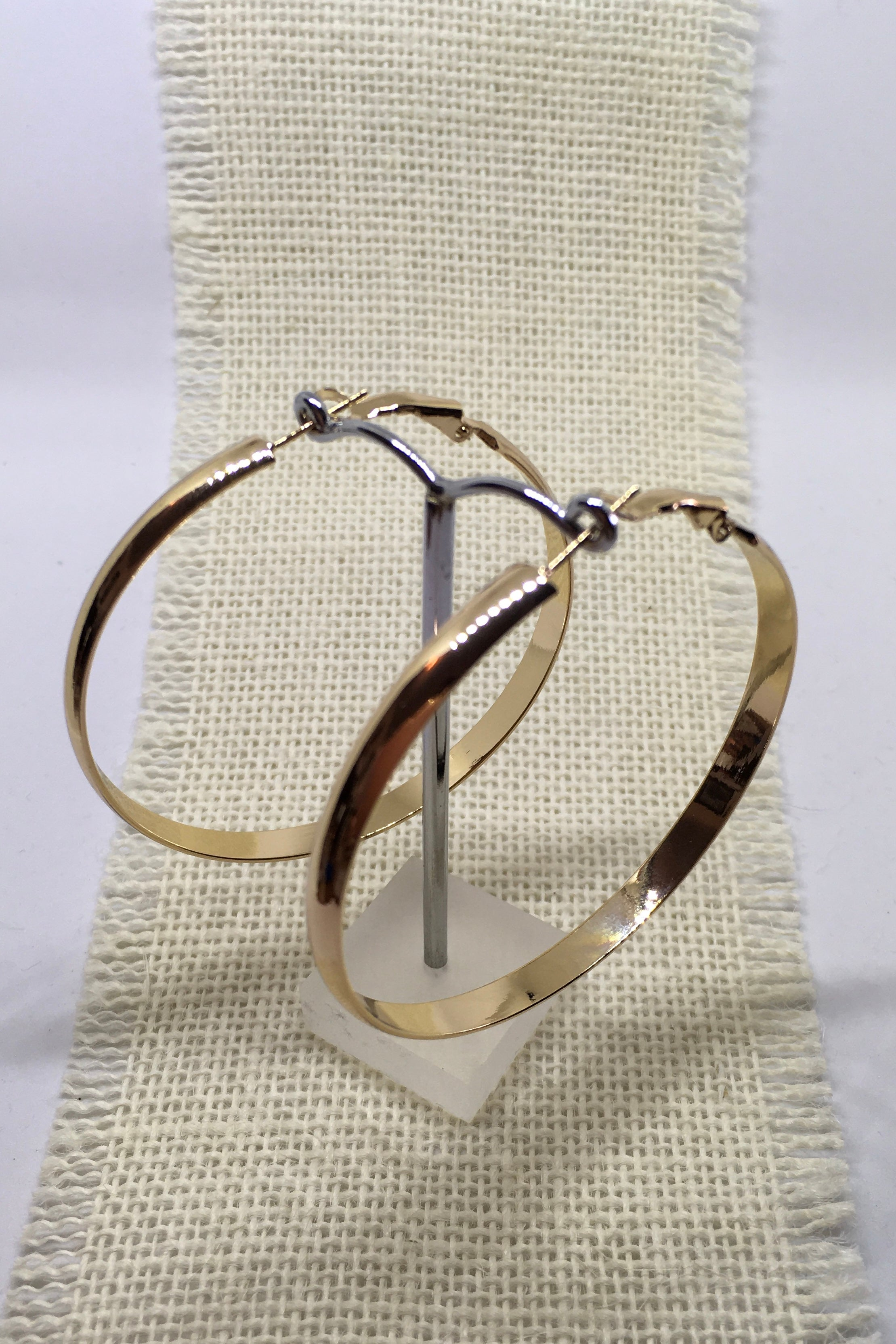 Earrings Hoop Flattery Gold