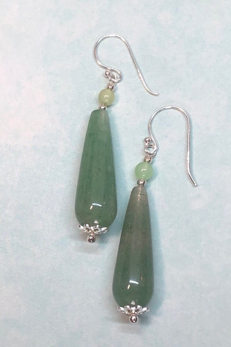 Earrings Rock Droplet Serene Green are a pale soft green quartz, such pretty droplet earrings, cut and polished to a high shine.