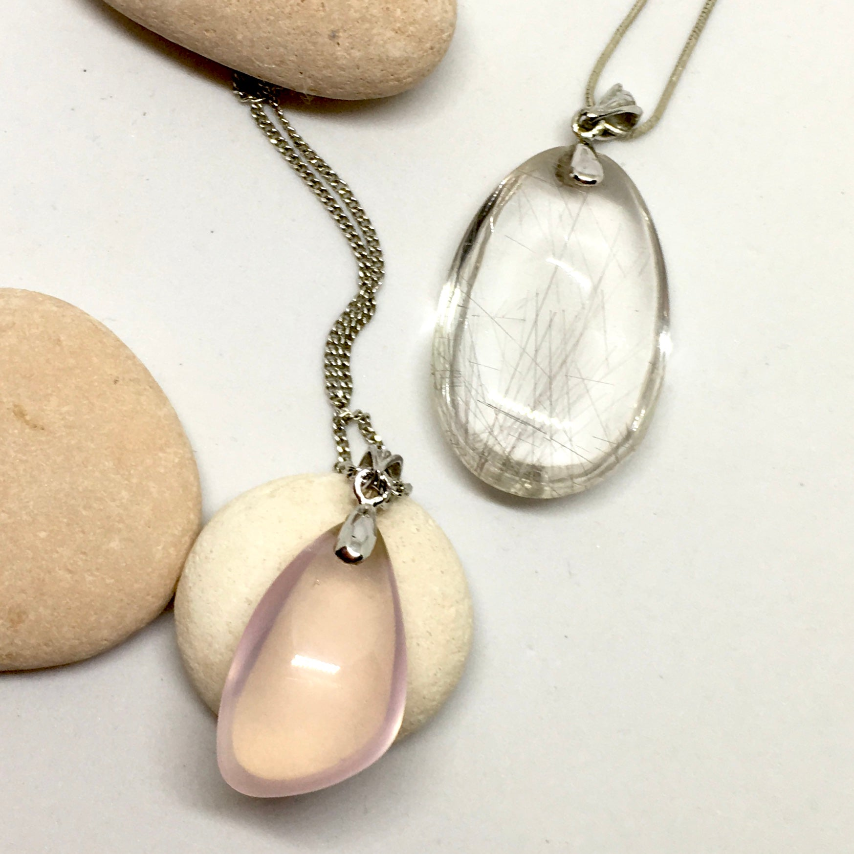 Pendant of Rose Quartz Quartz on a Silver Chain 2