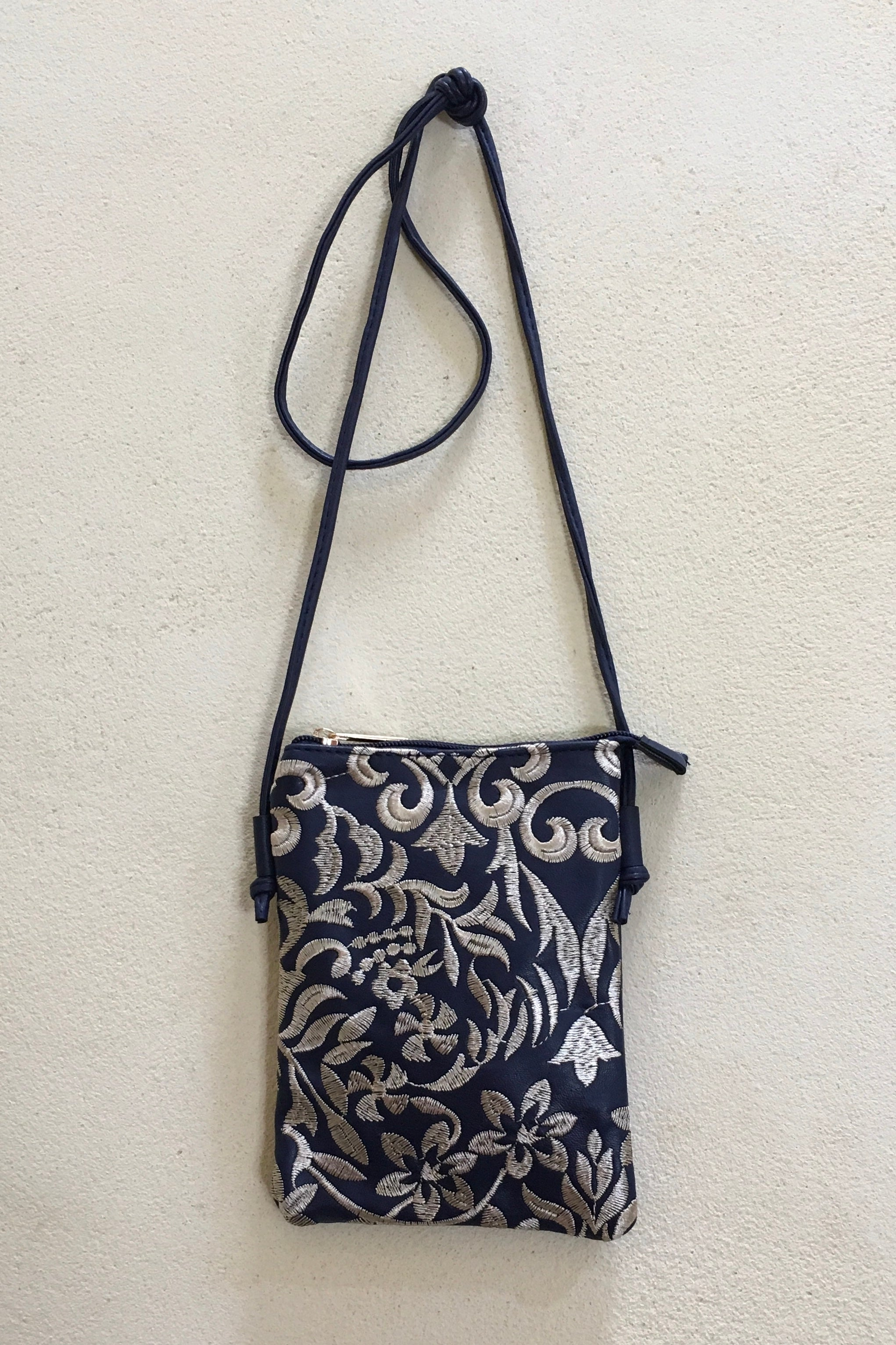 Yeah Bag Tiny with Embroidery Navy