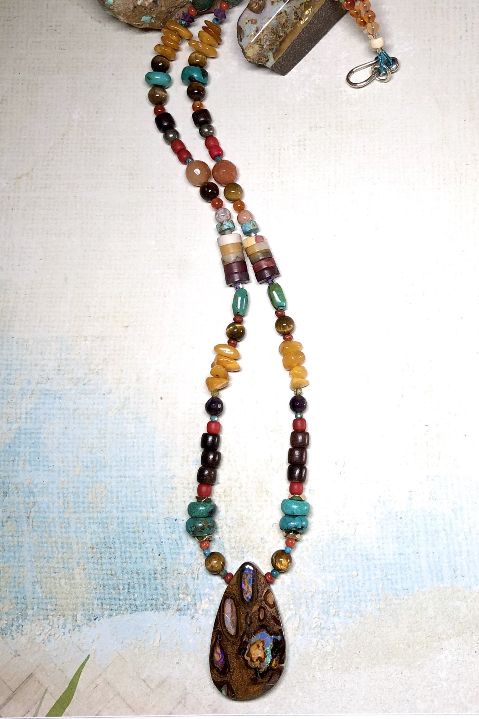 A powerful gemstone necklace with natural stones.