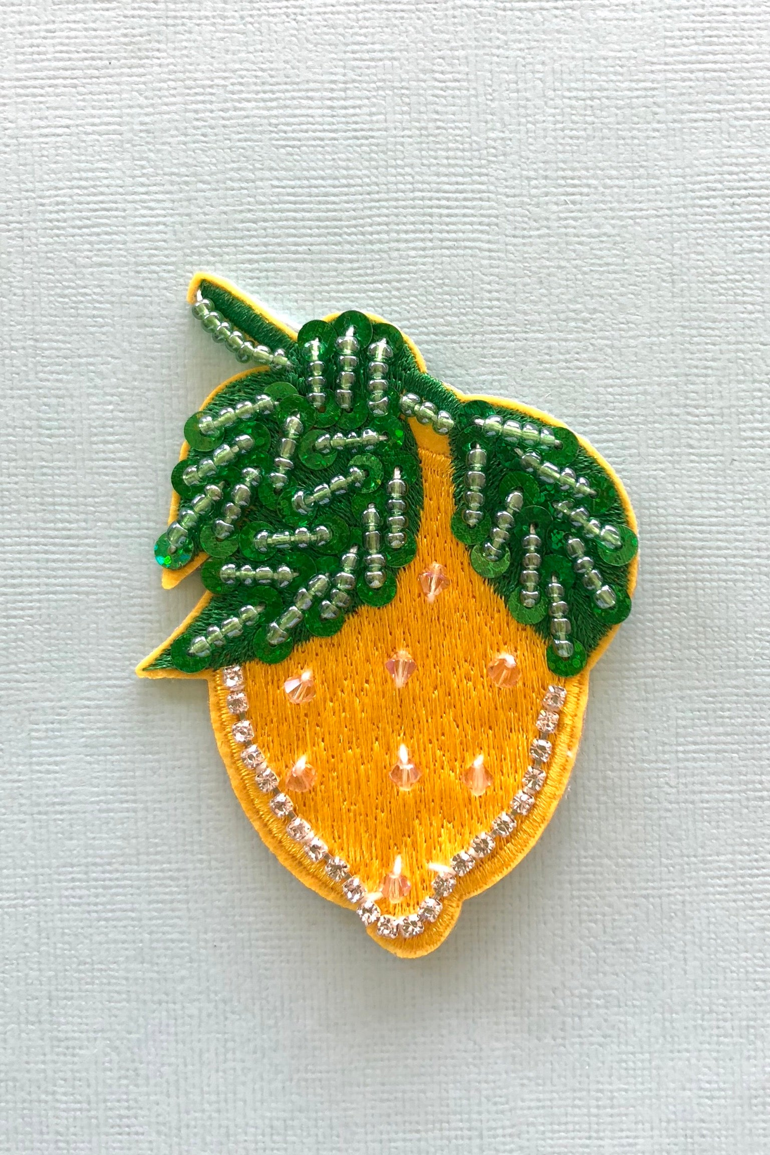 Iron on Motif Patches Fruity, Cute patch for denim decoration.