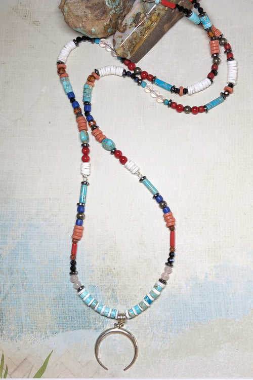 Necklace Cay Crescent Earth with Natural Gemstones