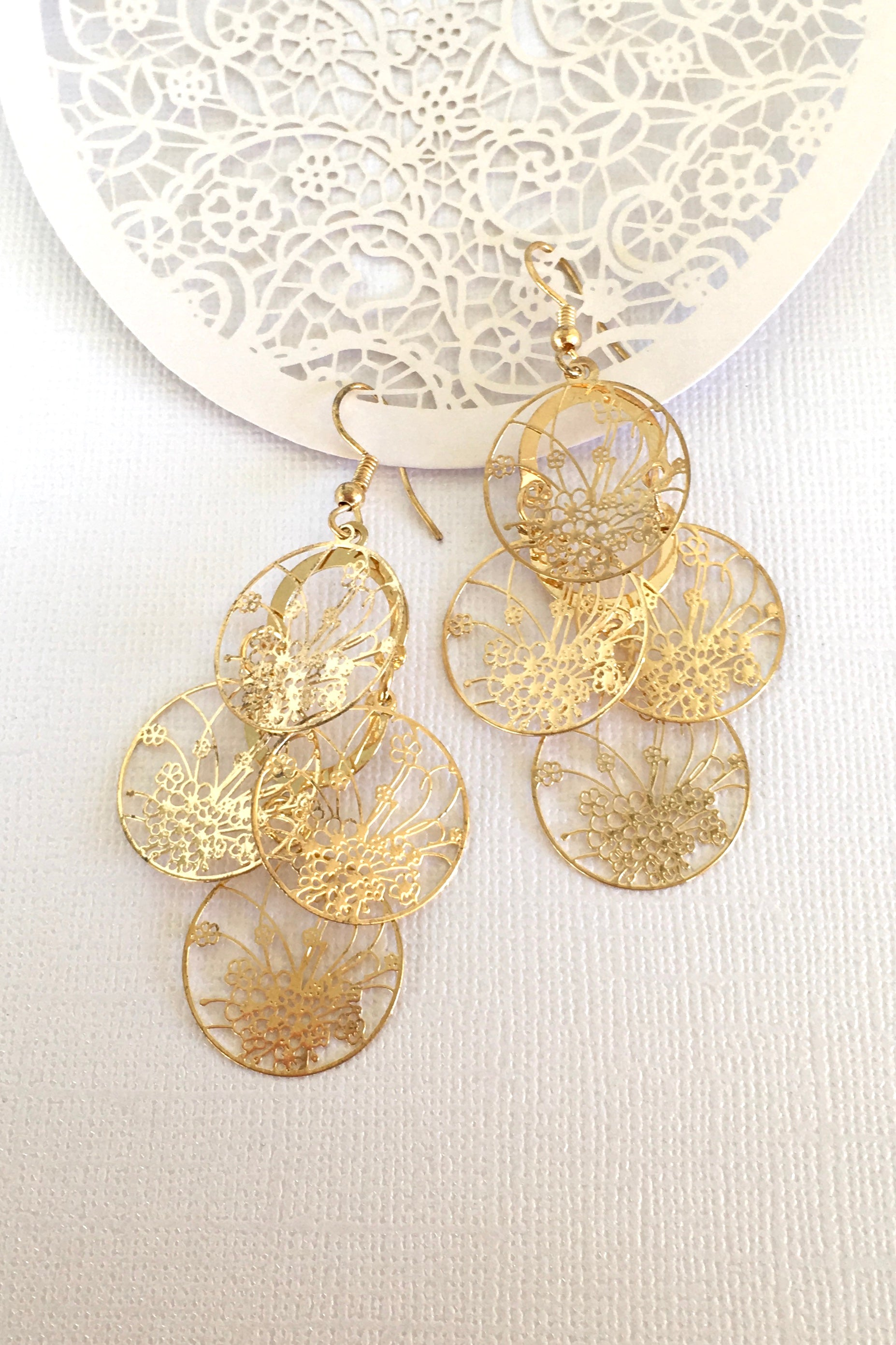 Earrings Flutter Windowpane Golden